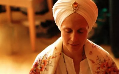 Gopaal: Snatam Kaur talks about using mantra to Center the Self