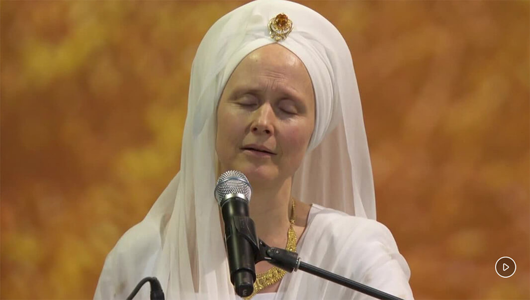 Snatam Kaur's Grammy Performance at the 2019 GRAMMY Premiere Awards Ceremony