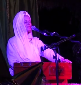 "Video: Snatam Kaur LIVE ""Jap Man Sat Nam"""