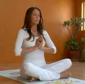 Video: Kia Miller Teaching 4-4 Breath Meditation